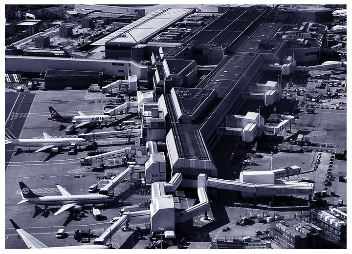 Sécurité périmétrique et surveillance des aéroports avec les caméras SPYNEL panoramiques thermiques
