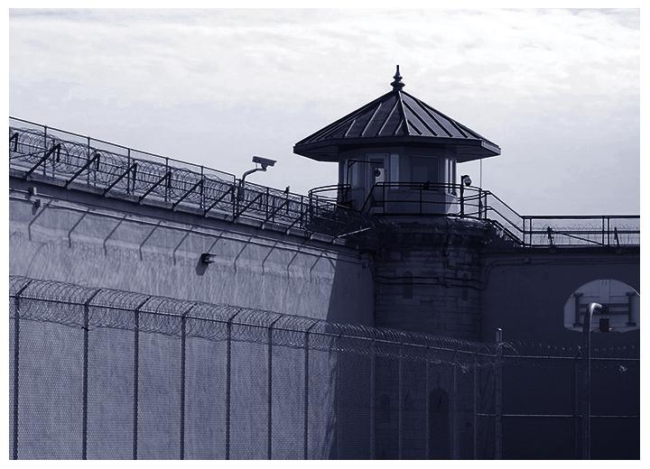 Surveillance des prisons avec les caméras thermiques panoramiques SPYNEL